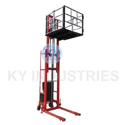 Hydraulic Stacker With Cage